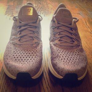 Woman's Nike Zoom Pegasus 35
